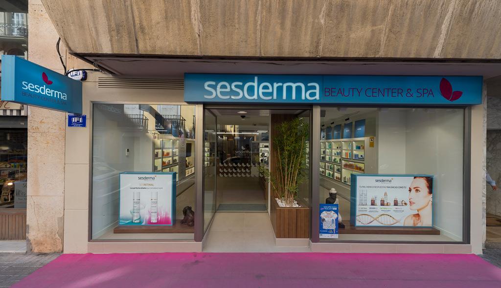 Fachada Sesderma Centro Beauty and Spa Proyectos Levante